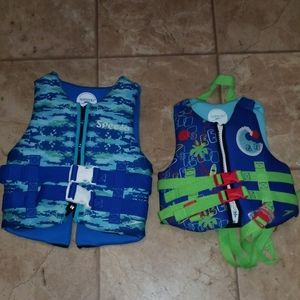 2 SPEEDO BOARDING VEST YOUTH AND CHILD